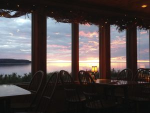 shoreline-restaurant_porchsunset